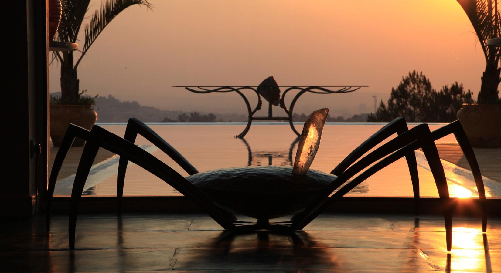 Table pieuvre par Sylvain Subervie