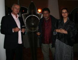 Satish Gupta et sa femme, Sylvain